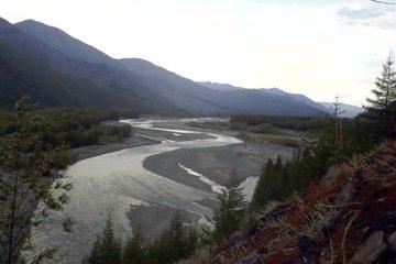 Сплав с рыбалкой на реке Челомджа