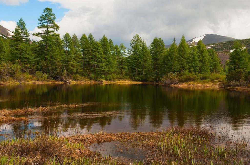 озеро у горы Короны